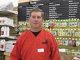 Manager Mike Kramer