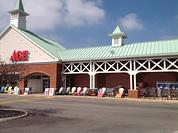 Store Front Hilliard Ace Hardware