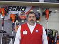Manager Tim Benesch