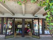 Store Front Hassett ACE Hardware Carlmont